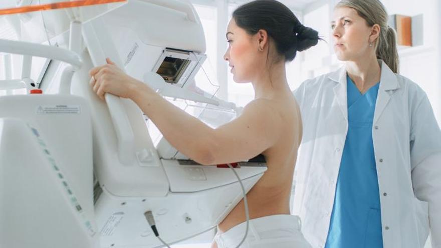 Nuevas terapias y nuevos desafíos frente al cáncer de mama