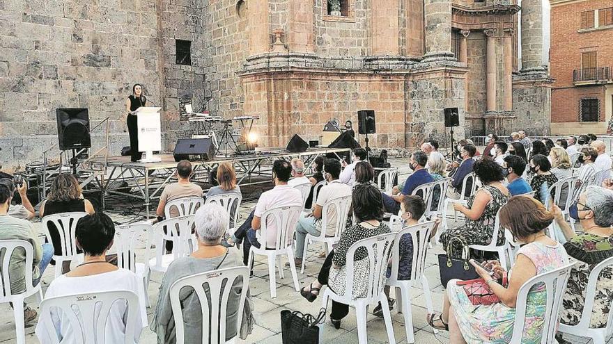 La Vall inicia la recuperación de la torre de Benissahat como bien patrimonial