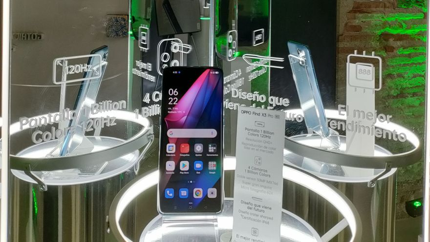 Así es el móvil enrollable de OPPO que se ha presentado hoy en València