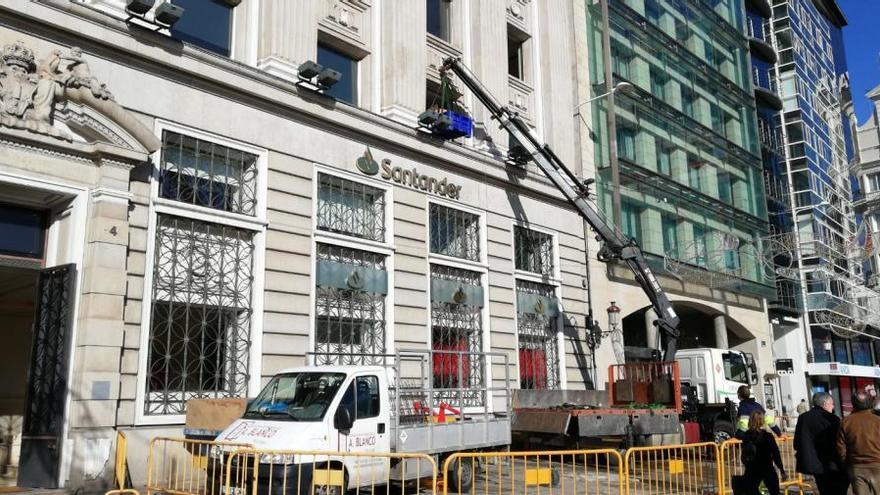 Mudanza en el edificio de los Cantones de Amancio Ortega