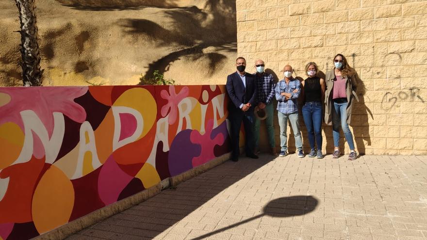 El Campello impulsa la creación de un mural con cuentos callejeros de 160 metros
