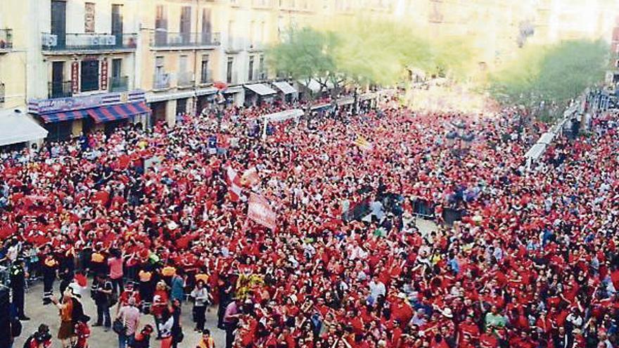 Real Oviedo y Gimnàstic de Tarragona ascienden a Segunda