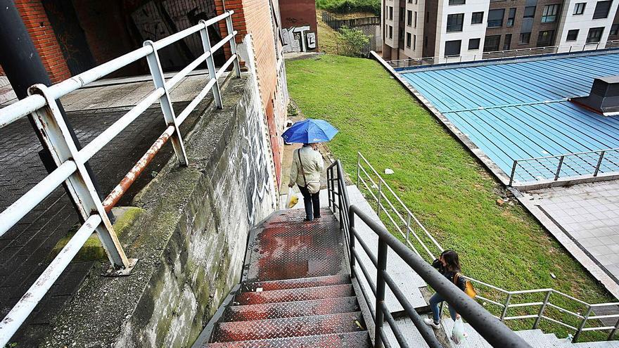 El Consistorio instalará escaleras mecánicas o un ascensor para unir El Cristo y Montecerrao