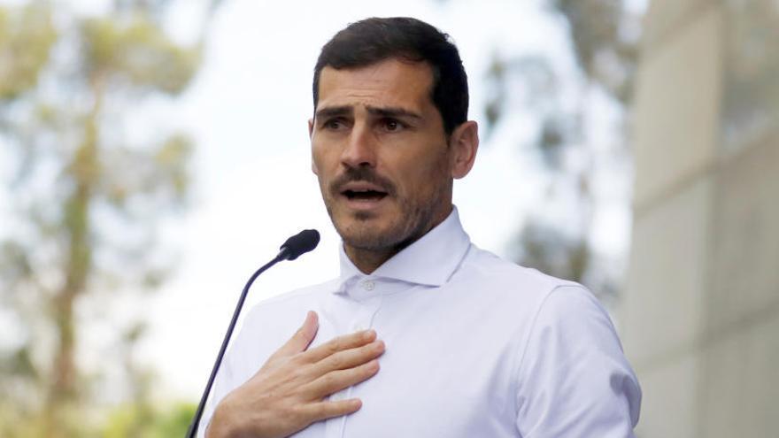 La prensa de Oporto acerca la retirada de Casillas