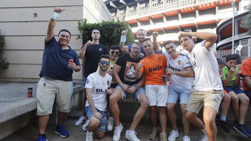 ¡Ambientazo en Mestalla antes del Valencia - Madrid!