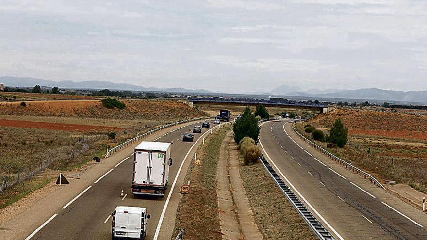 El arreglo de la autovía León-Benavente solo será posible a partir de la primavera