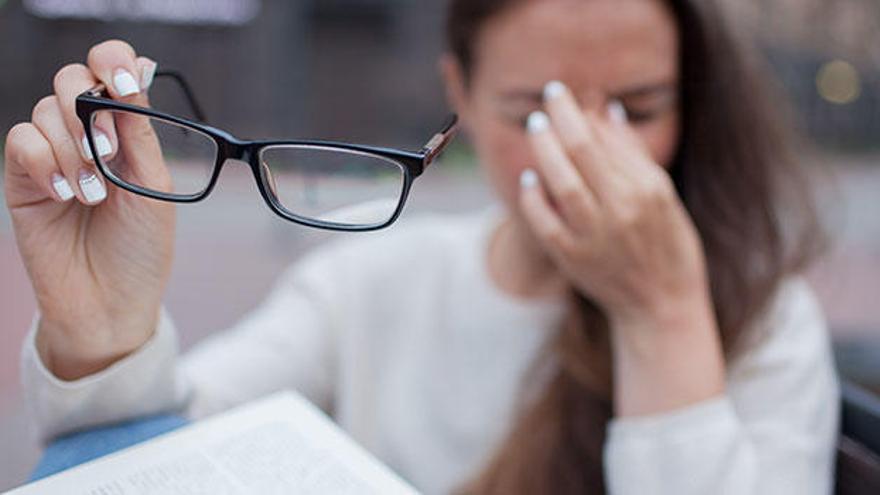 Cómo tratar los problemas oculares que surgen en otoño