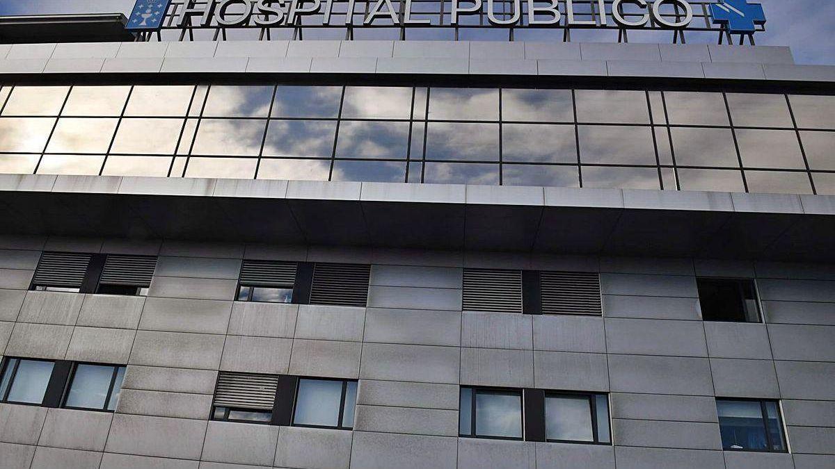 Fachada del Hospital de A Coruña.