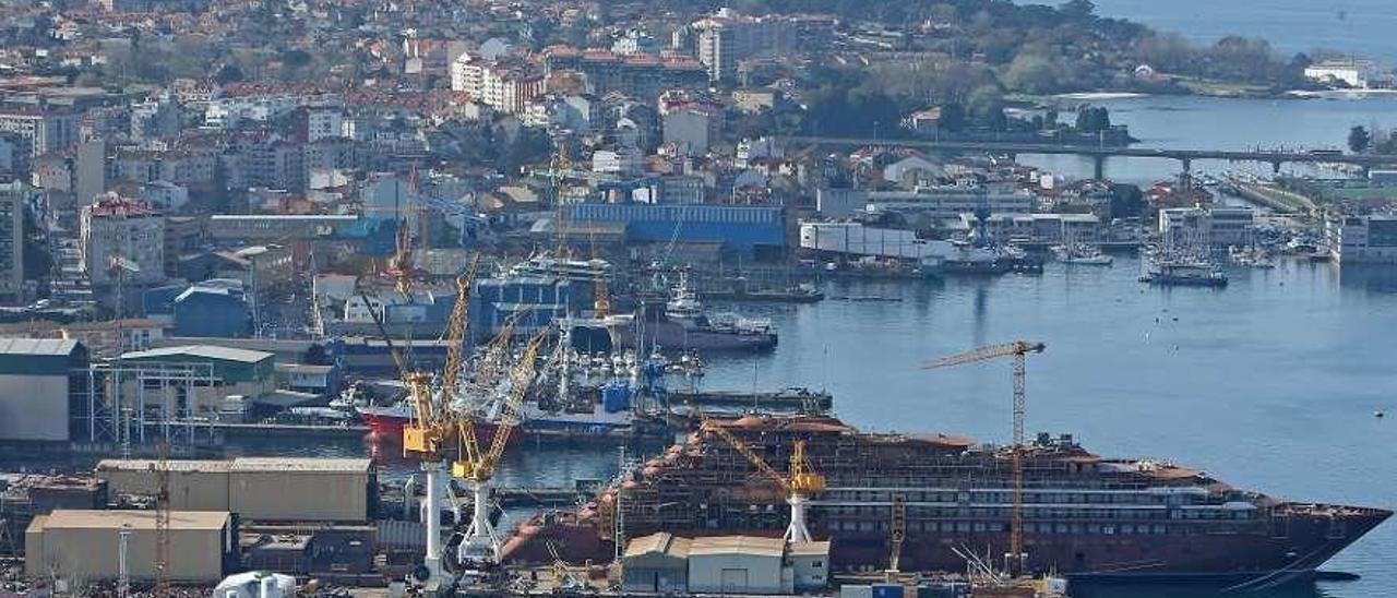 Panorámica de los astilleros de Beiramar, en Vigo. // Ricardo Grobas