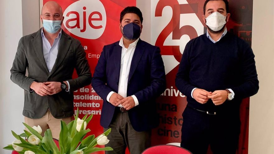 Málaga acogerá en septiembre los premios regionales de la Asociación de Jóvenes Empresarios