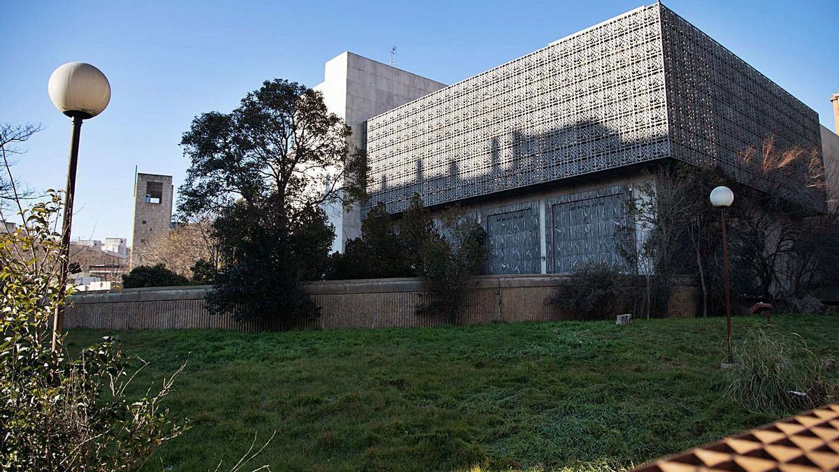 Edificio del Banco de España, que se transformará en cuartel de la Policía Municipal.