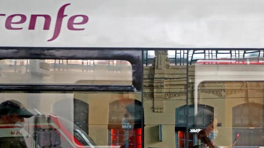 Renfe aumenta un 50% la oferta de plazas del AVE el día 22, una vez termine la alarma
