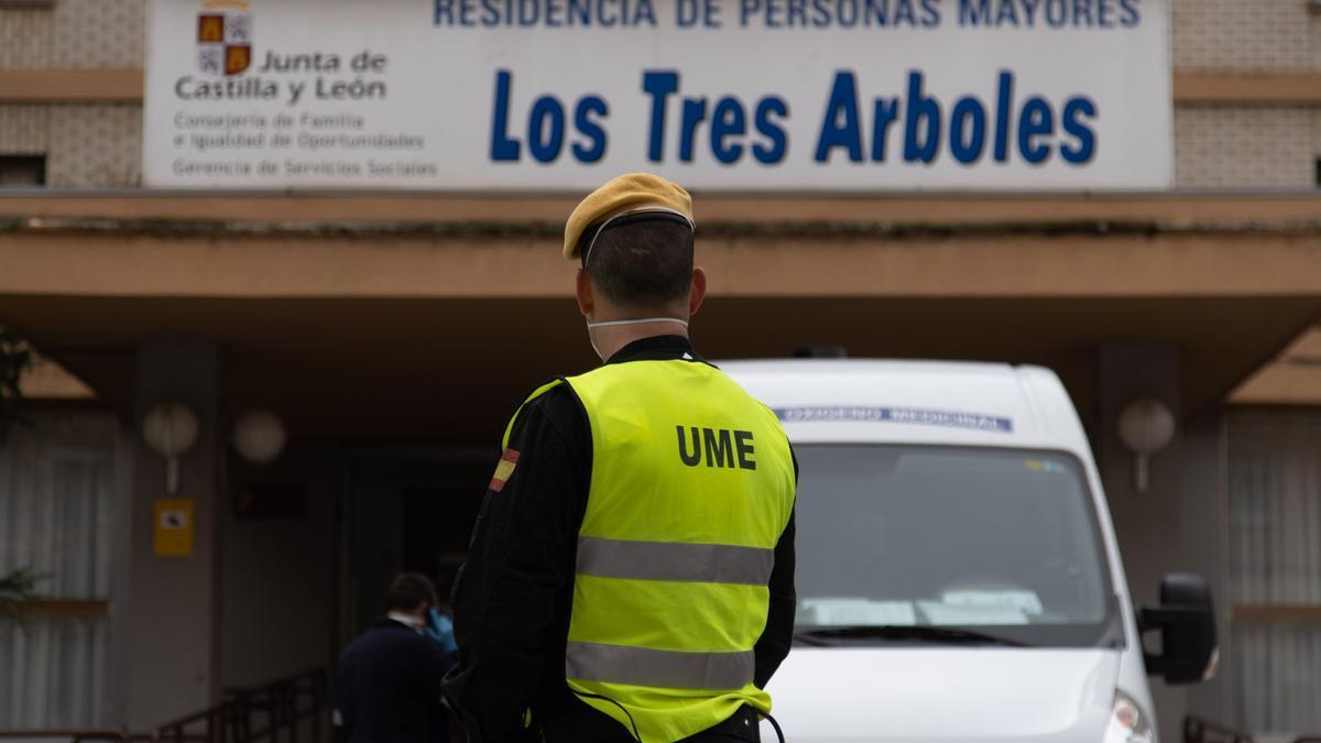 """Residencia """"Los Tres Árboles"""" en Zamora"""