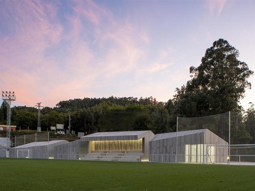 Campo de f�tbol de Campa��, Pontevedra 1.jpg