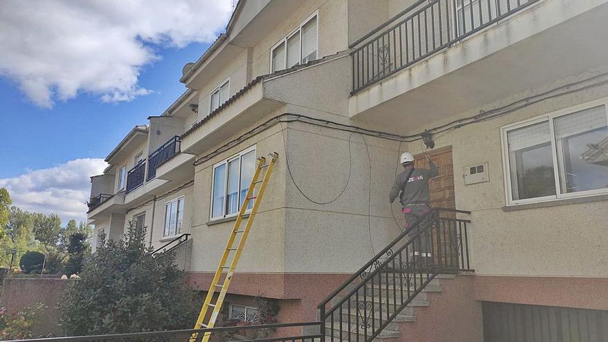 La fibra óptica llega a los hogares y empresas de Alcañices