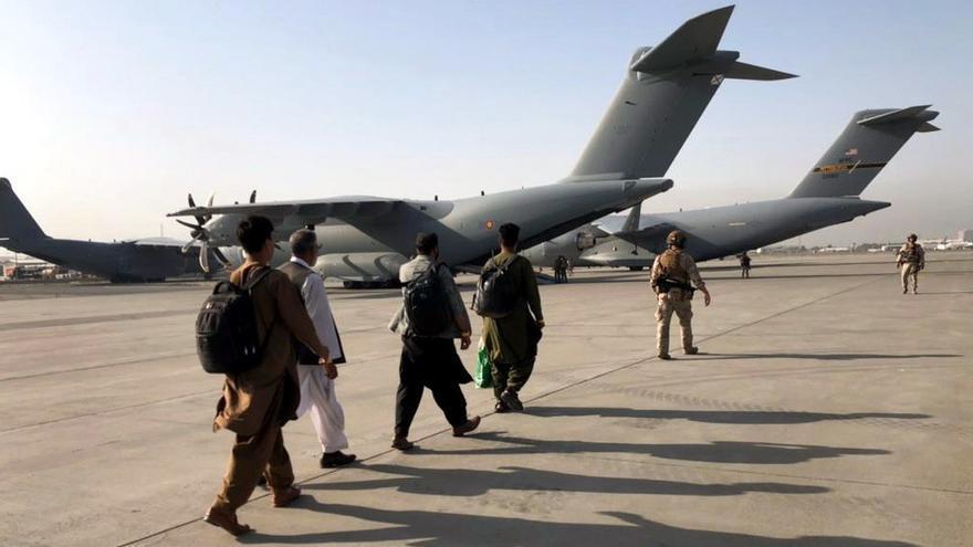 """Los talibanes proponen a Estados Unidos mantener """"relaciones positivas"""""""