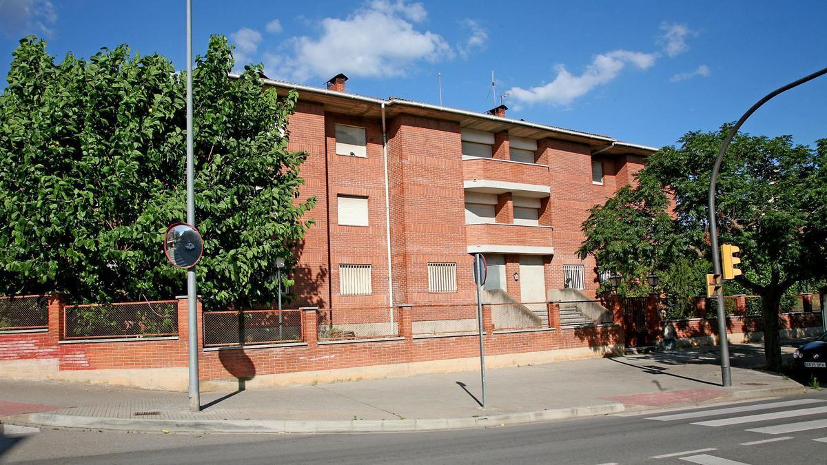 L'antiga caserna de la Guàrdia Civil a Sant Vicenç de Castellet