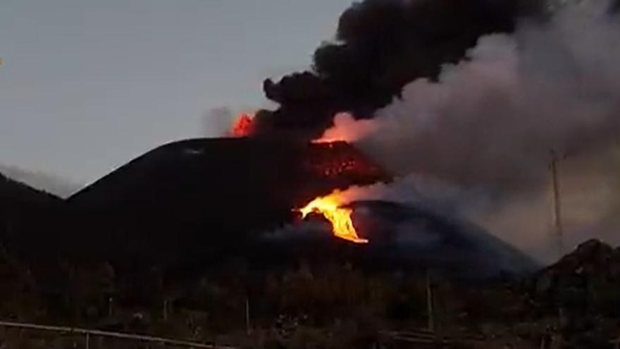 La erupción del volcán de La Palma desde Tacande