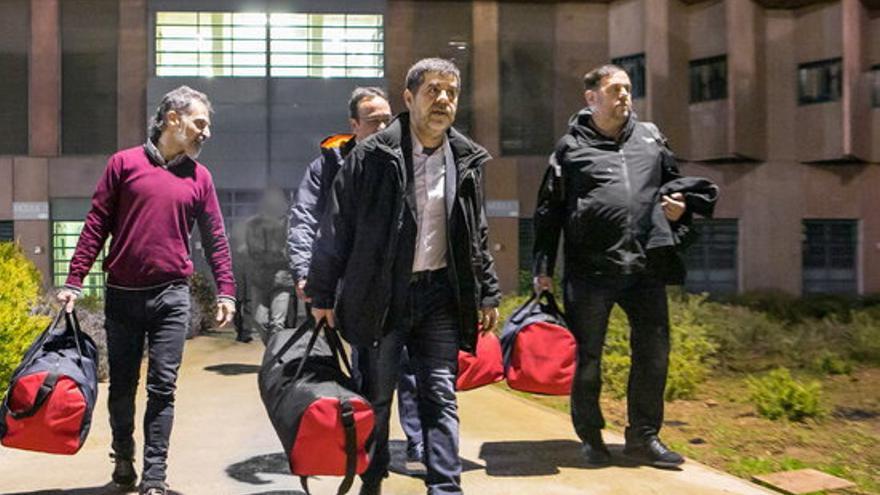 El govern espanyol ultima les tasques per aprovar aquest dimarts els indults als presos independentistes