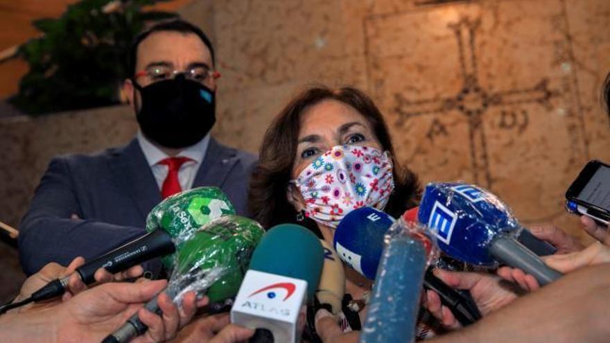 """Carmen Calvo: """"El rey emérito no huye de nada porque no está inmerso en ninguna causa"""""""