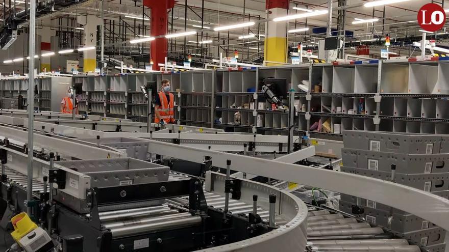 Recorrido por el nuevo centro logístico de Amazon en Murcia