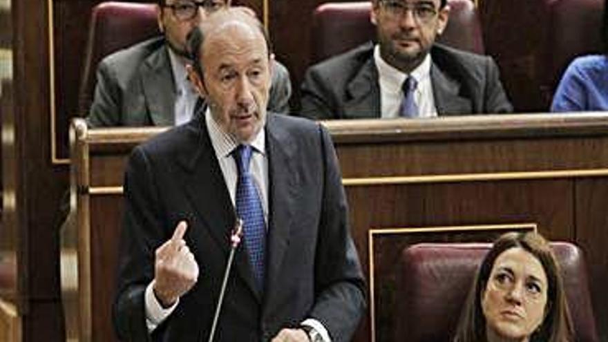 Rubalcaba: Figura central de la política espanyola i hàbil parlamentari