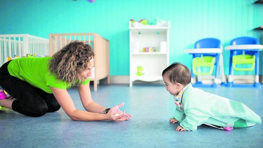 Canarias contará con 1.857 plazas más para niños de 0 a 3 años antes de 2023