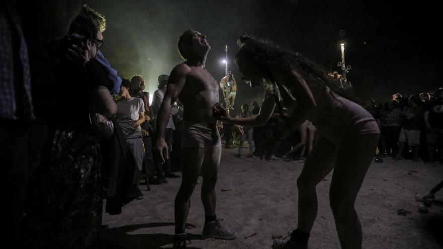 La Fura dels Baus conquista el Coliseo con 'Manes'