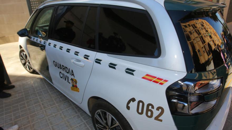Detienen a un joven de 19 años por tratar de asesinar a su padre en Valencia