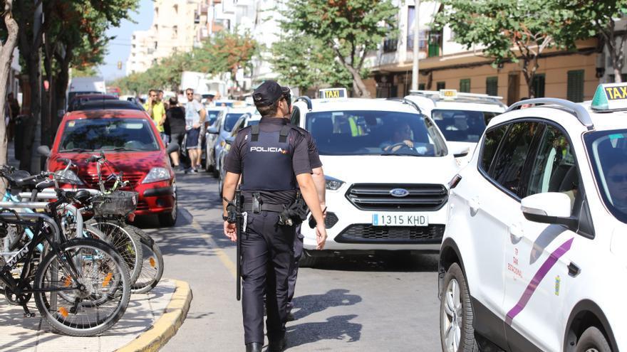 Ofrecen lotes de diez licencias de VTC en Ibiza por 550.000 euros