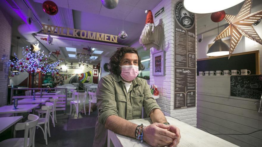 """Jorge Zapatero, hostelero: """"Tendría que vender 500 cafés al día para que esto sea rentable"""""""