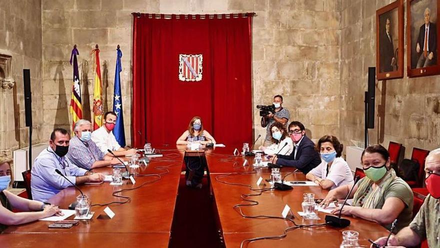 Balearen-Regierung senkt Hürden für Direkthilfen