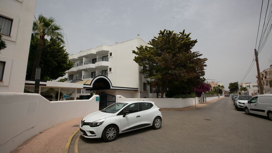 Uno de cada tres alojados en el primer hotel para contagiados de Ibiza son británicos