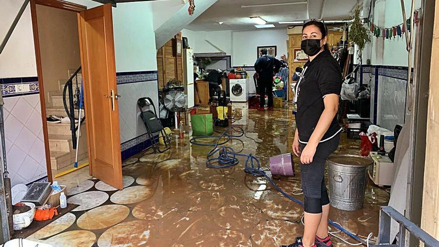 «El agua nos entró  por el terrado, las máquinas eléctricas están dañadas»