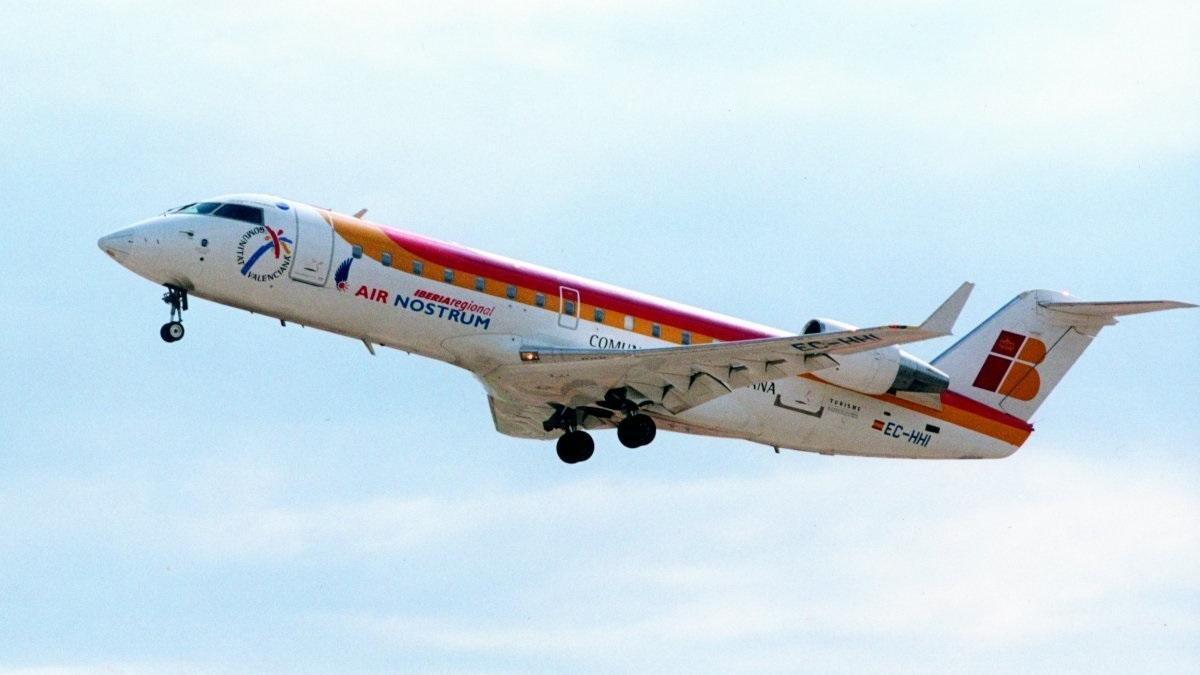 Despeque de un avión de Air Nostrum en una imagen de archivo