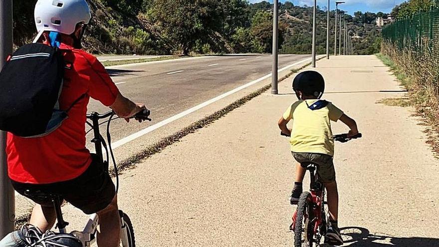 Calvià se reafirma en la prueba piloto de carril bici en Palmanova-Son Caliu