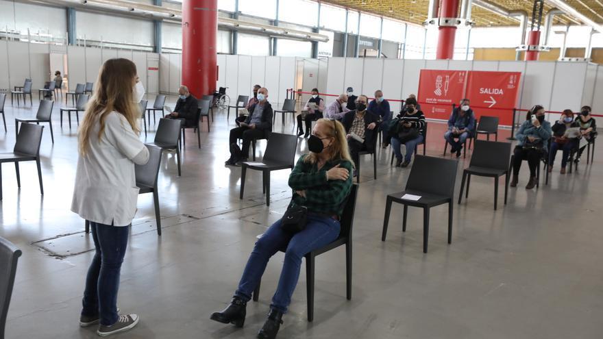 La incidencia del coronavirus en la provincia de Alicante rompe la tónica de ascenso y baja a menos de 32