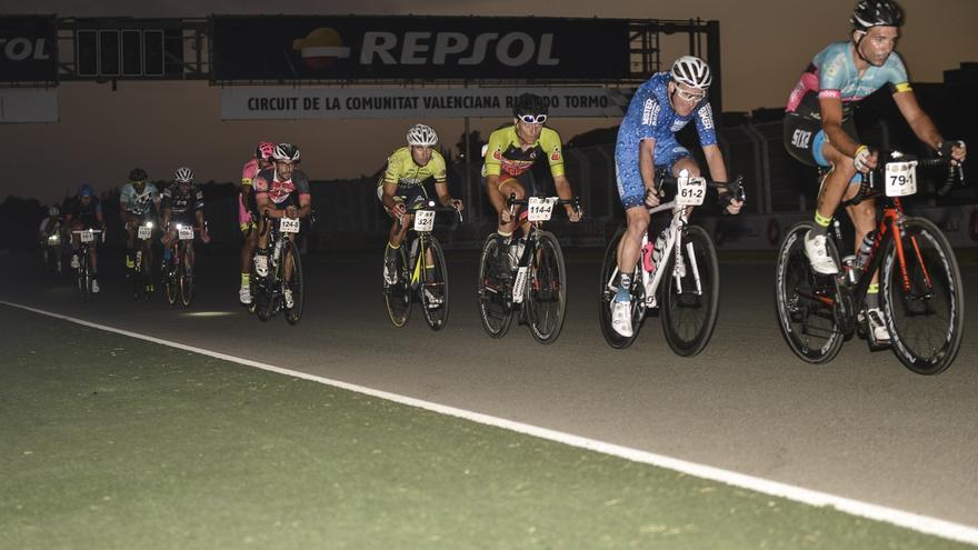 El Circuit Ricardo Tormo celebra el 12h Cycling Fest