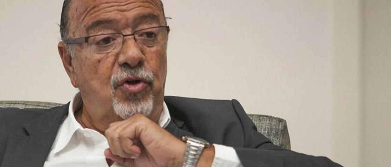 Ángel Ferrera, presidente del Centro Atlántico de Pensamiento Estratégico y de Toyota Canarias.