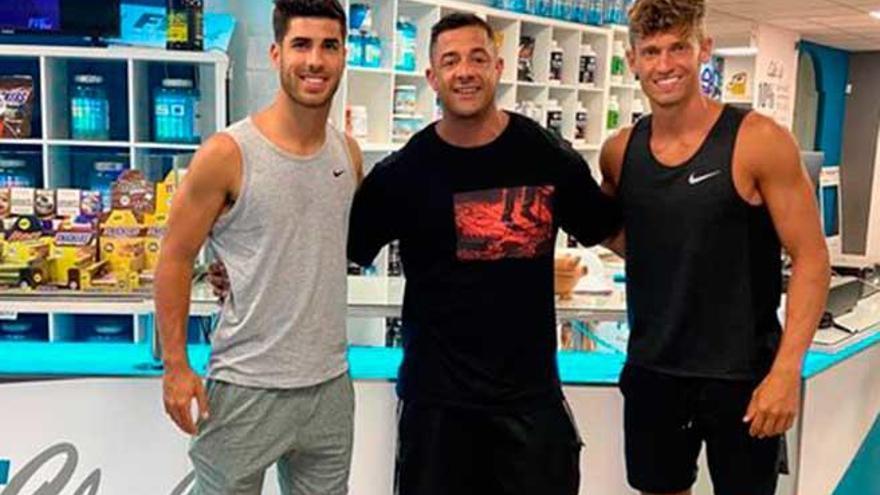 Marco Asensio disfruta de sus vacaciones en Mallorca
