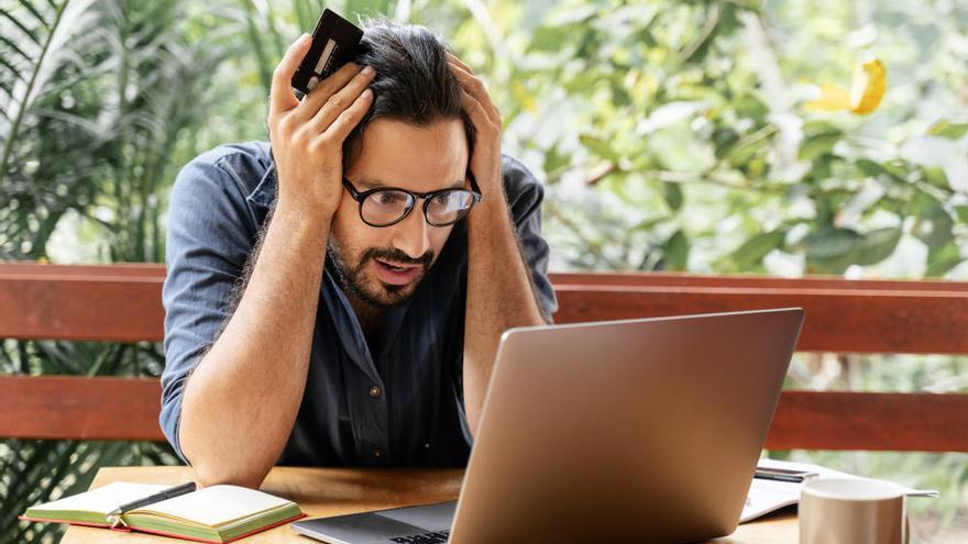 Alerta sobre el fraude digital en Navidad: los ciberdelitos son ya el 10% del conjunto de la criminalidad