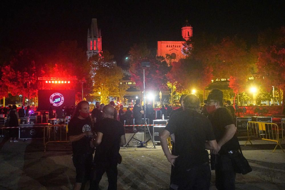 Protesta per la falta d'ajudes al sector cultural