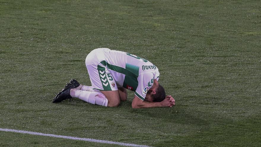El Elche no sabe ganar (1-1)