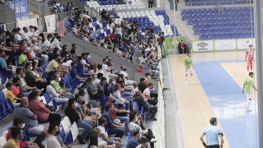 Mil personas en el Palau de Son Moix en la presentación del Palma Futsal