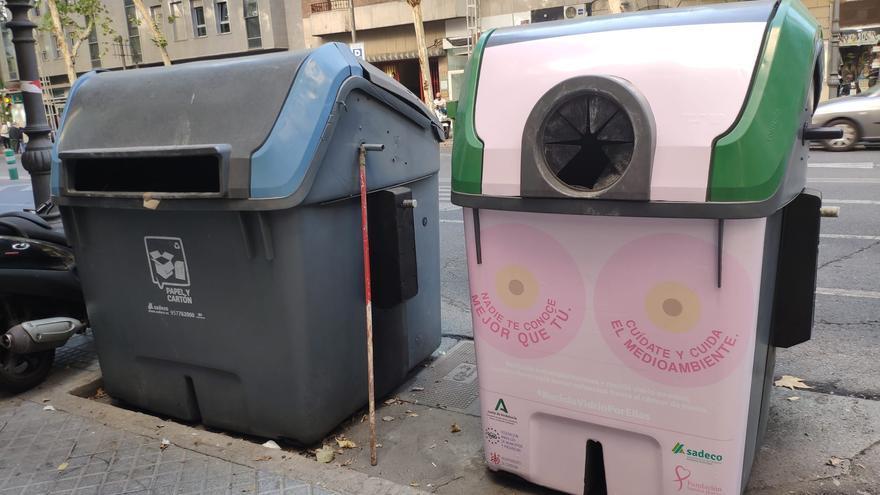 22 contenedores rosas conciencian sobre el reciclaje de vidrio y la prevención del cáncer de mama