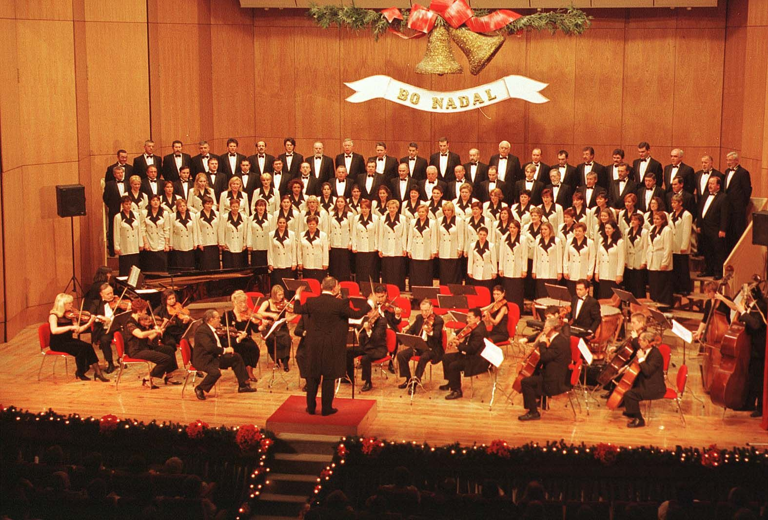 Concierto de Navidad de la Coral Casablanca en 1999_J de Arcos.jpg