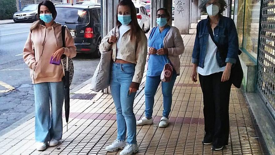 Usuarios de autobús de Culleredo denuncian insuficiencia de plazas