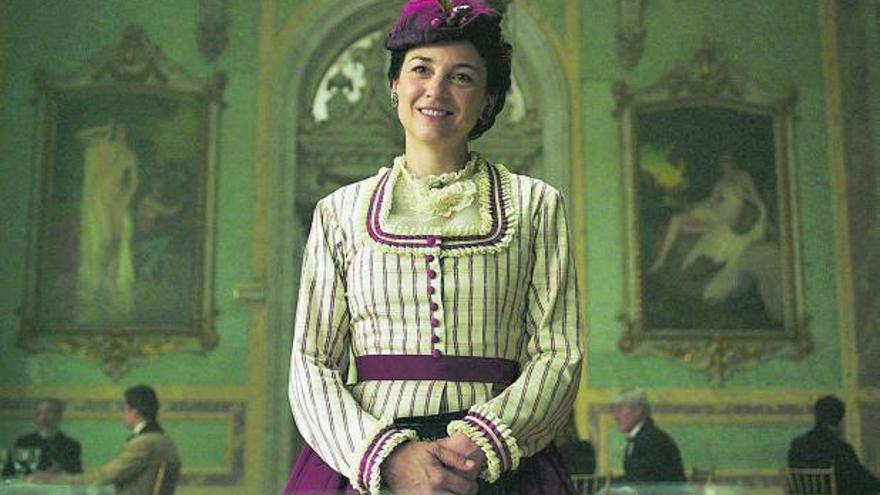 María Dueñas regresa a la televisión