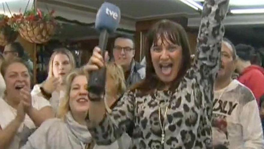 """La reportera de TVE que dijo que había ganado el Gordo: """"Es triste que hoy sea la periodista manipuladora y mentirosa"""""""