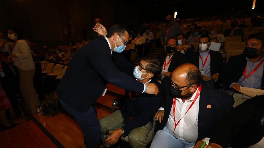 Celebración de la victoria de Aliaga en las elecciones del PAR